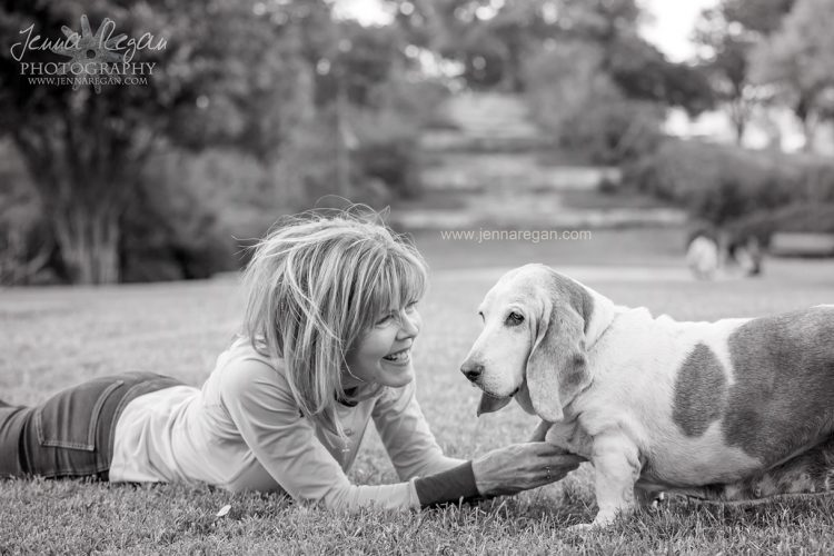 black and white photo of basset hound during senior dog photo session with mom in frisco texas