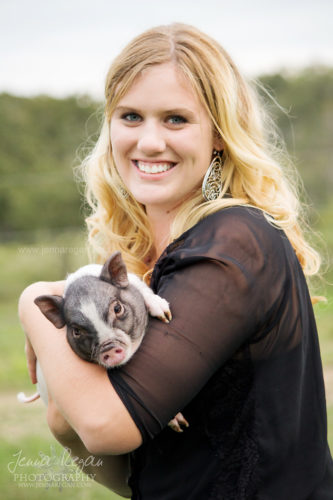 pot-bellied-pig-photo-shoot-dfw