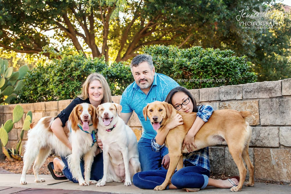 dallas family photos with dogs