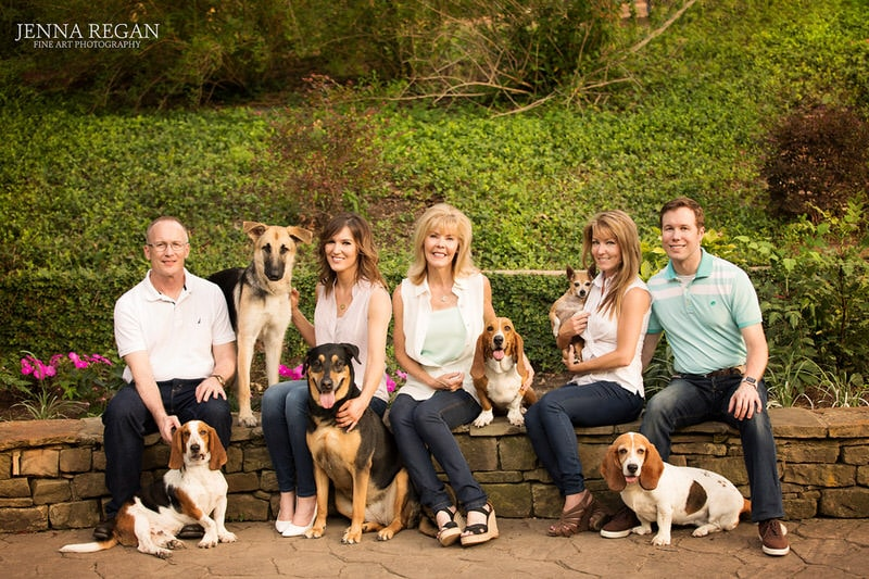 extended family photos with their dogs- outdoor family professional pet photo shoot- highland park dallas area
