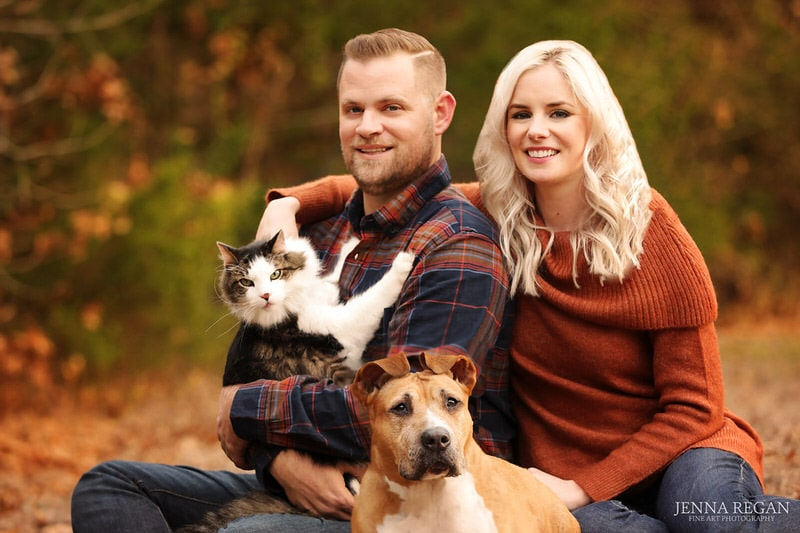 outdoor family photos with cat and dog- fall family photos