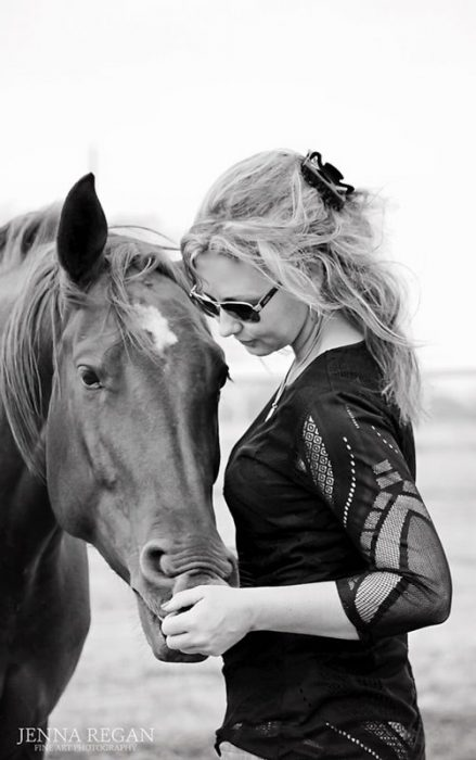 woman with her horse- black and white equine photo shoot- jenna regan photography