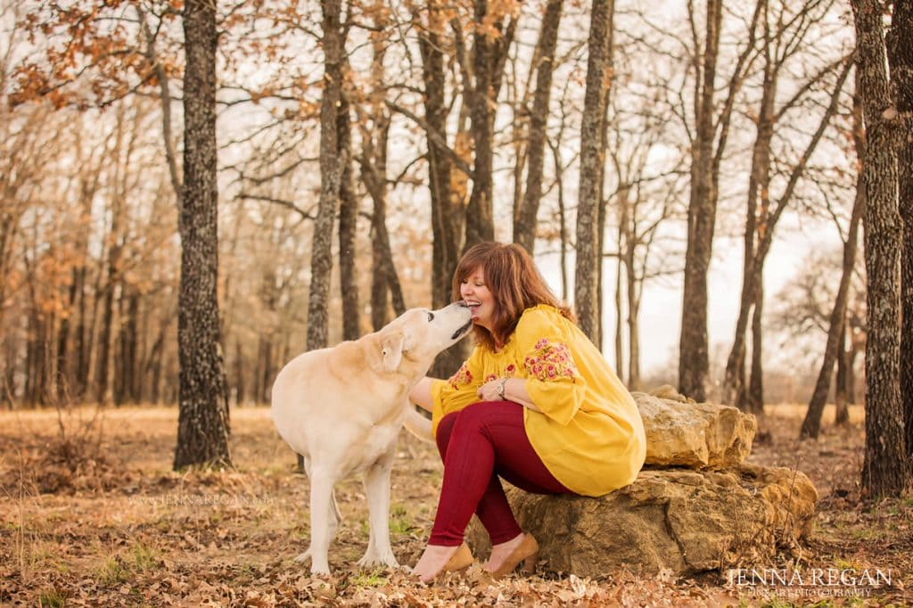 golden retriever lab outdoor photoshoot jenna regan pet photography